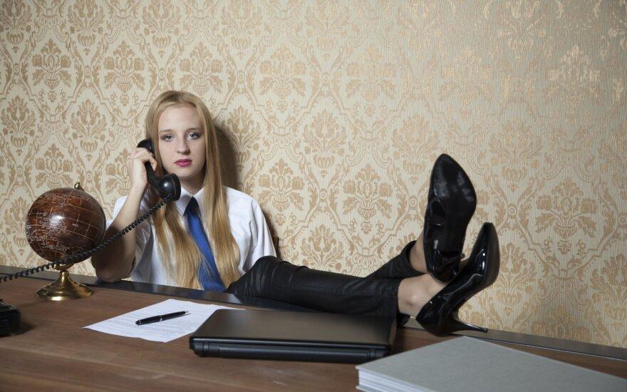 Pracodawcy wolą obcokrajowców, ponieważ nie mogą znaleźć dobrze wykwalifikowanych młodych Brytyjczyków