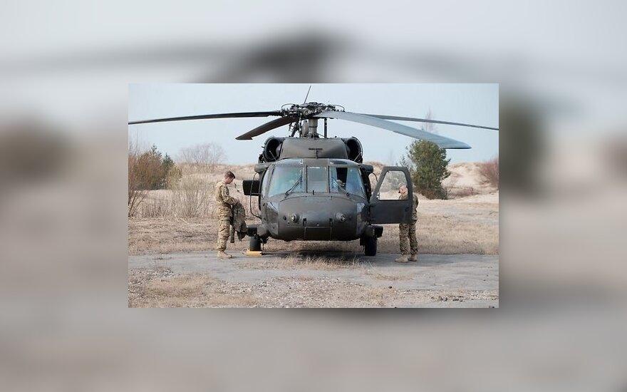 У берегов Йемена разбился военный вертолет США Black Hawk