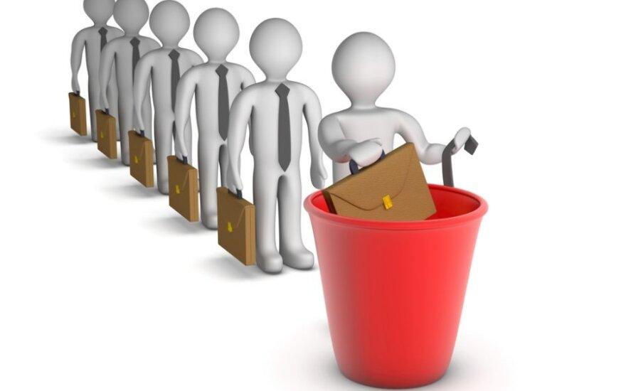 В Литве 4400 работников получили уведомления о групповых увольнениях