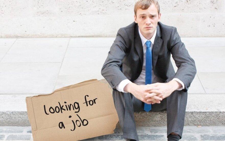 13 proc. bezrobotnych ma dyplom uczelni wyższej