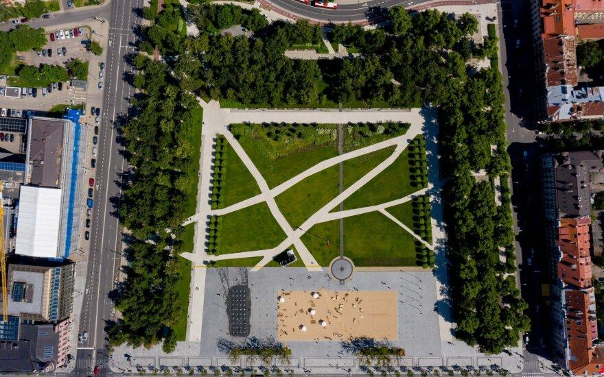 За высокую мораль: президент Литвы подписал указ о статусе Лукишкской площади