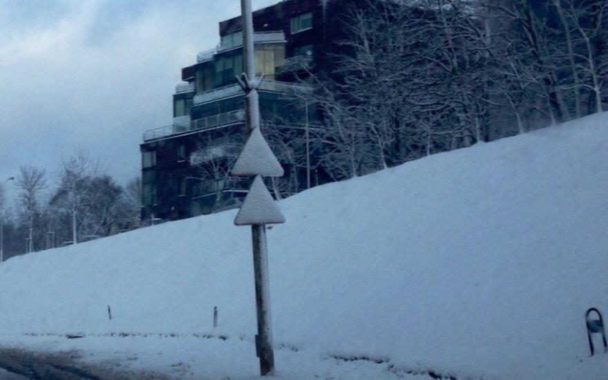 Проделки зимы в Вильнюсе: пропали дорожные знаки