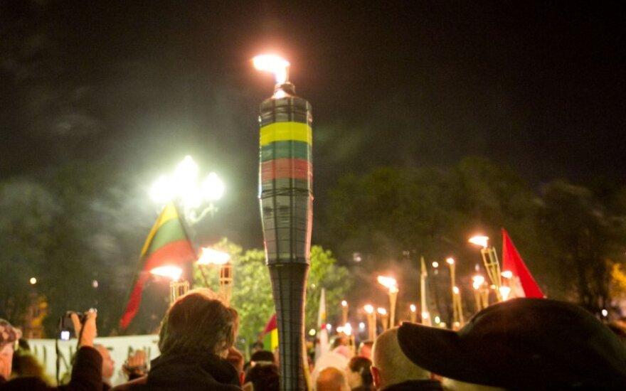 Эстония, Маврикий и Ботсвана более демократичны, чем Литва