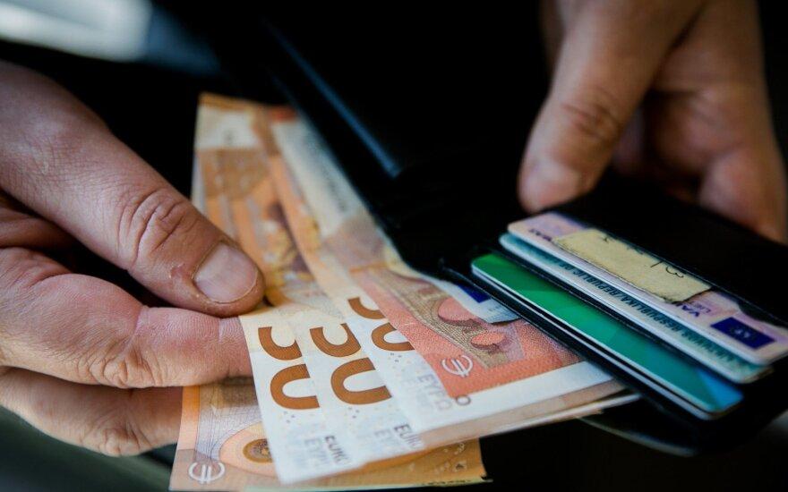 В этом году в Литве зарплаты росли медленнее, чем в прошлом