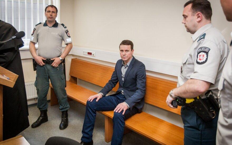 Суд решает вопрос назначения меры пресечения вице-президенту MG Baltic