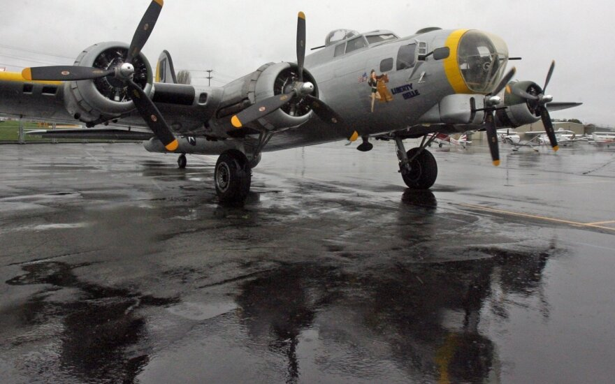 """Boeing B-17 Flying Fortress"""