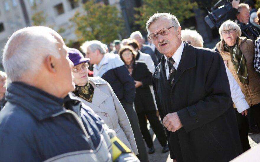 На митинге председатель ЛПП потерял сознание