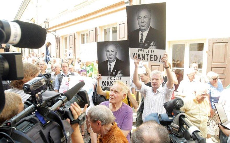 Protestas prie Austrijos ambasados