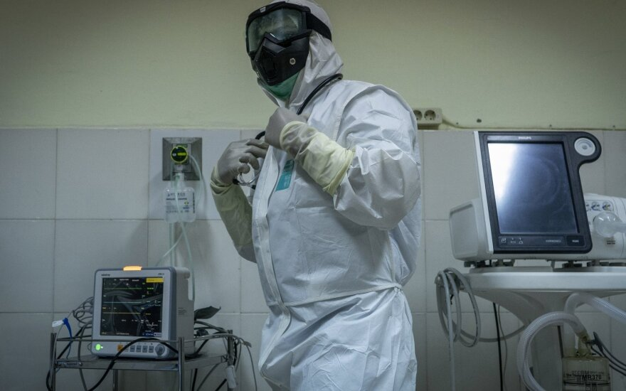 Новейшие данные о коронавирусе в Литве: двое больных изолированы в Каунасе
