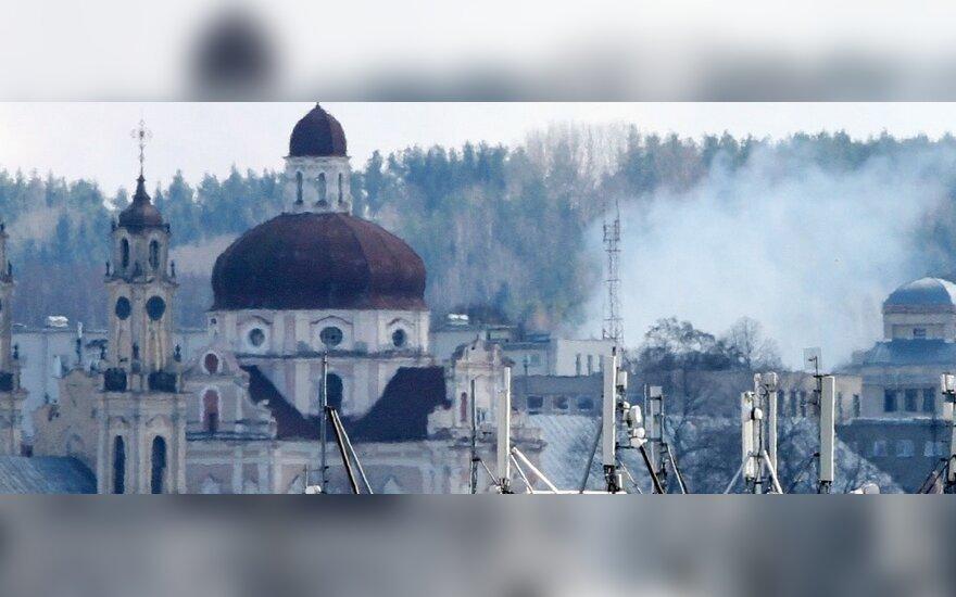 Пожарные: старник жгут на всех окраинах столицы