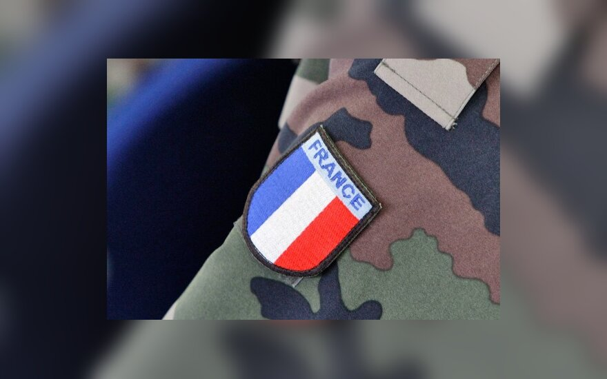 В Шяуляй немецких военных сменили французы