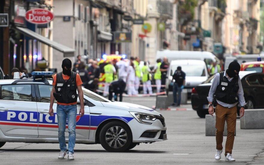Полиция распространила фото подозреваемого во взрыве в Лионе