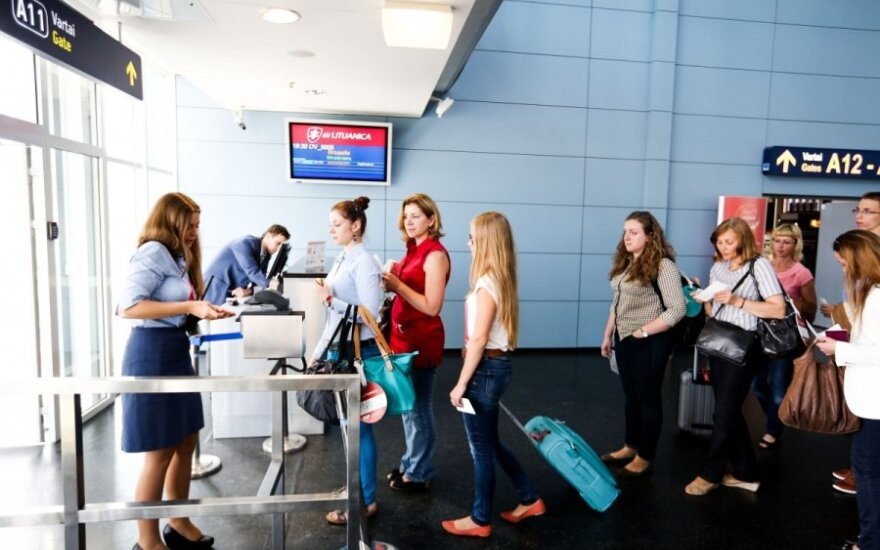 Министр надеется, что маршруты Air Lituanica заполнят другие компании