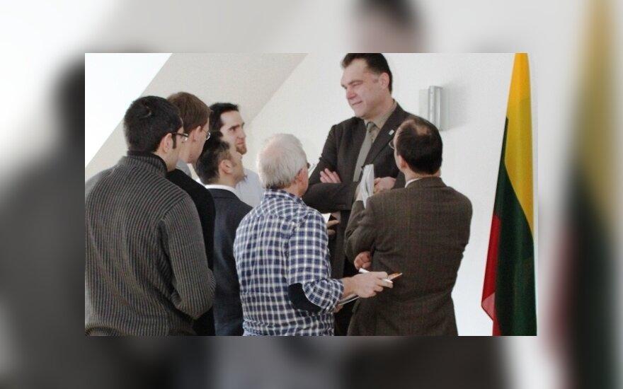 Arvydas Sabonis Vokietijos žurnalistų apsuptyje