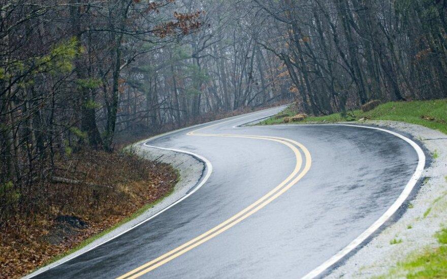 На дорогах в восточной Литве могут быть скользкие участки