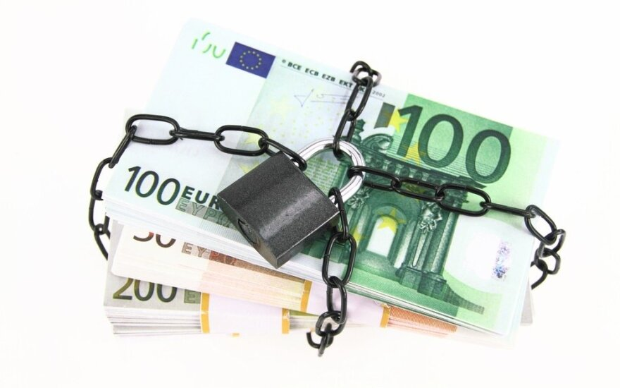 Правительство Литвы подготовит закон о замораживании имущества российских олигархов
