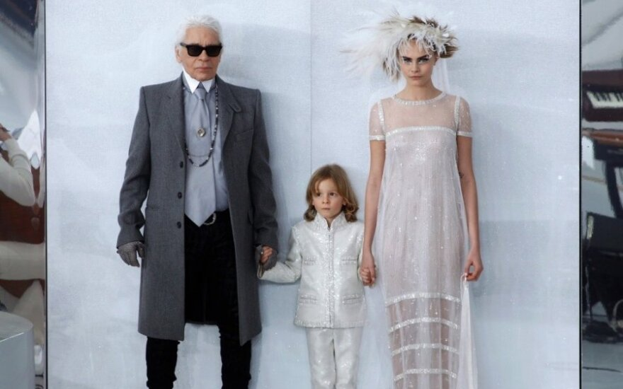 "Karlas Lagerfeldas pristatė ""Chanel"" kolekciją"