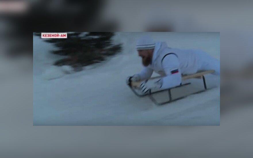 Рамзан Кадыров прокатился на санках с горы