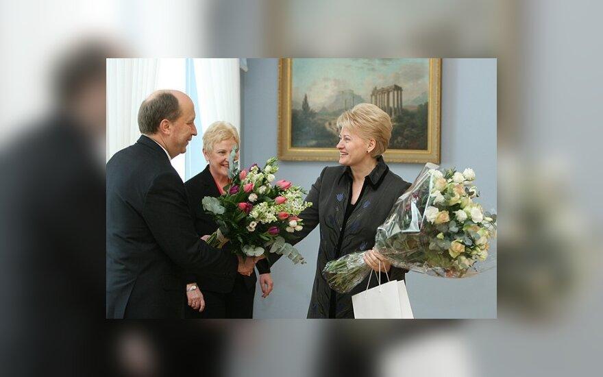 Премьер и спикер парламента поздравили президента с днем рождения