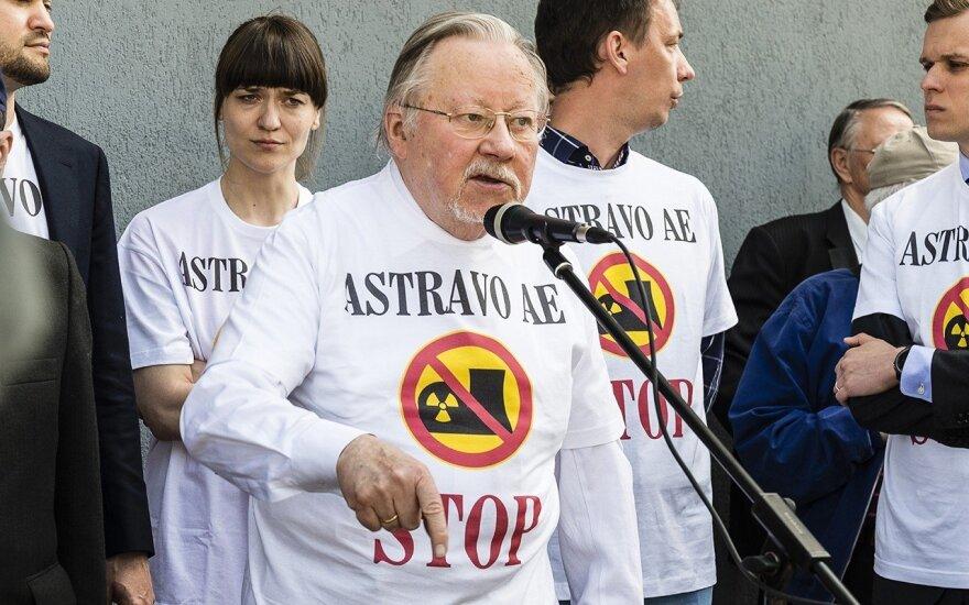 Против строительства АЭС в Островце подписалось более 15 000 человек