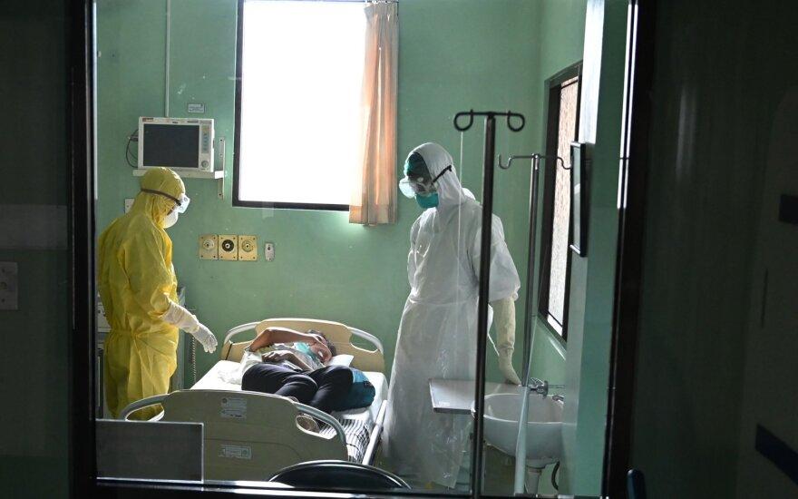 Число жертв коронавируса COVID-19 возросло до 1113 человек