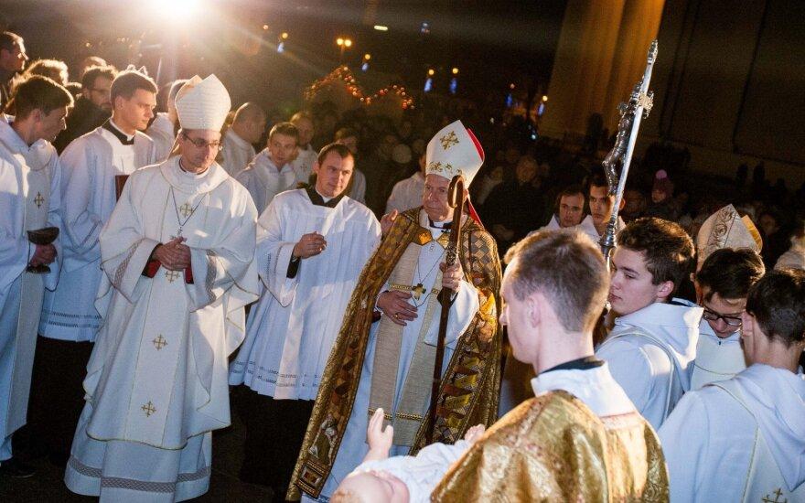 Конституционный суд Литвы: священники не освобождаются от военной или альтернативной службы
