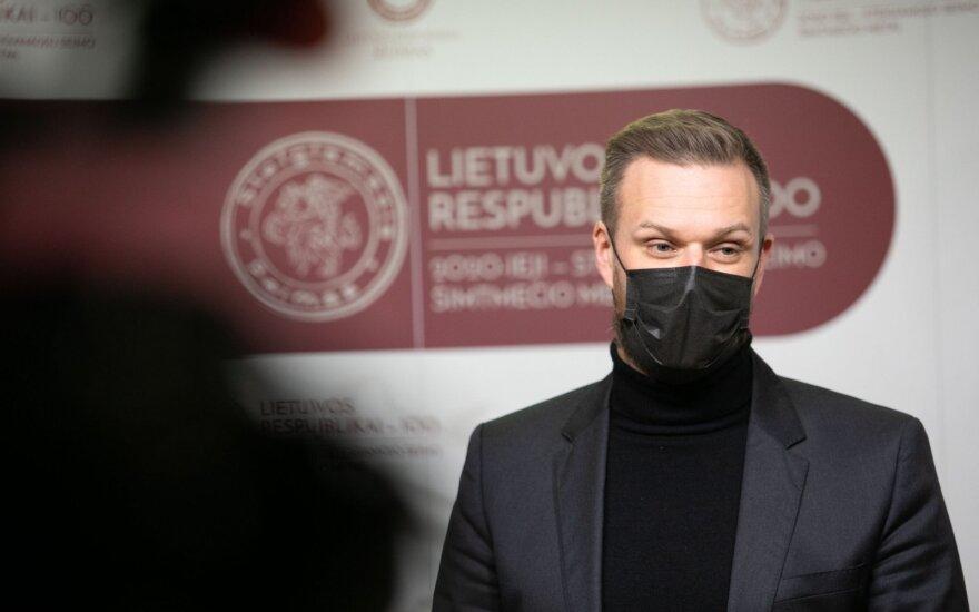 Ландсбергис: Литва не закроет глаза на проблемы с правами человека в Польше