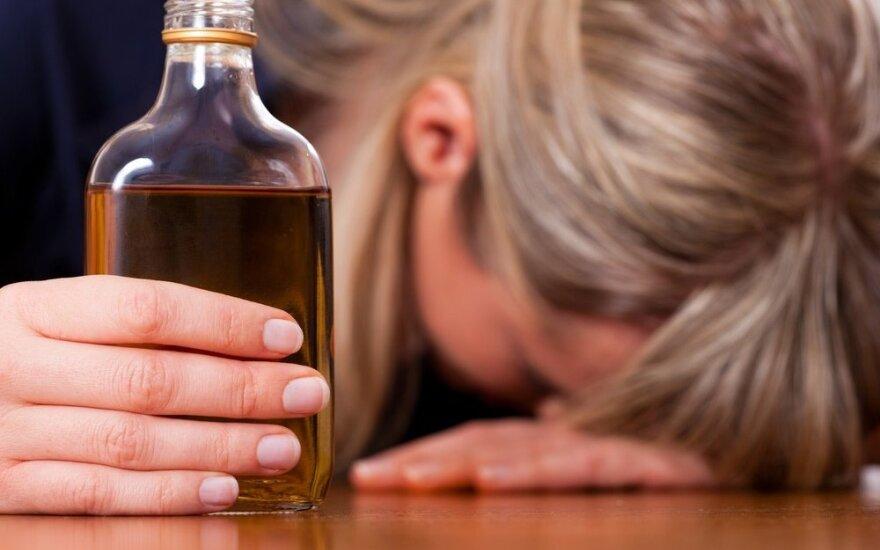 ВОЗ: Литва - европейский лидер по употреблению алкоголя