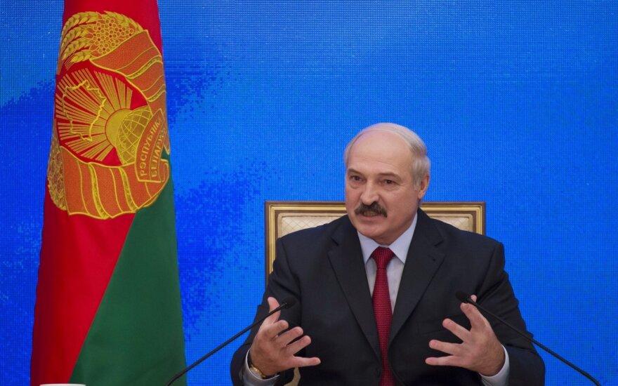 Лукашенко впервые после снятия санкций приехал в ЕС