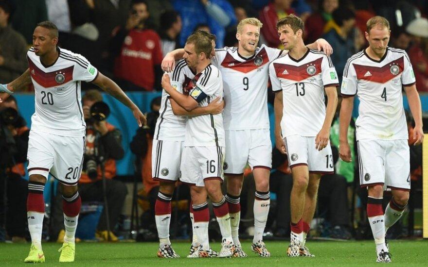 Германия забила Алжиру в дополнительные полчаса