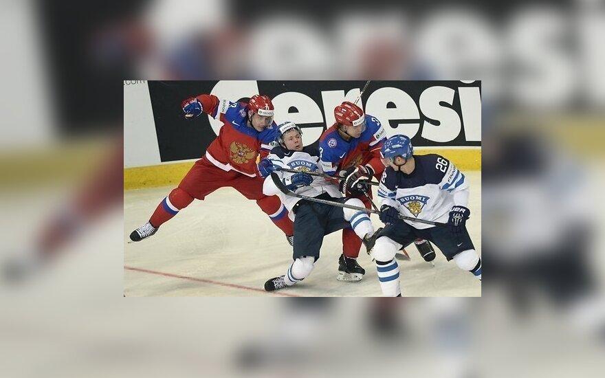 Хоккей: стартовом матче Евротура сборная России уступила финнам