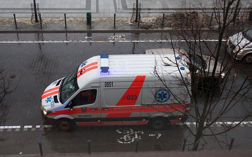 Пожарные в Друскининкай спасали строителей, один человек скончался