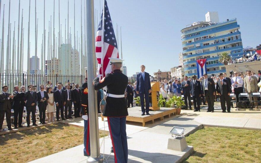 J. Kerry, istorinis vizitas, Kuba