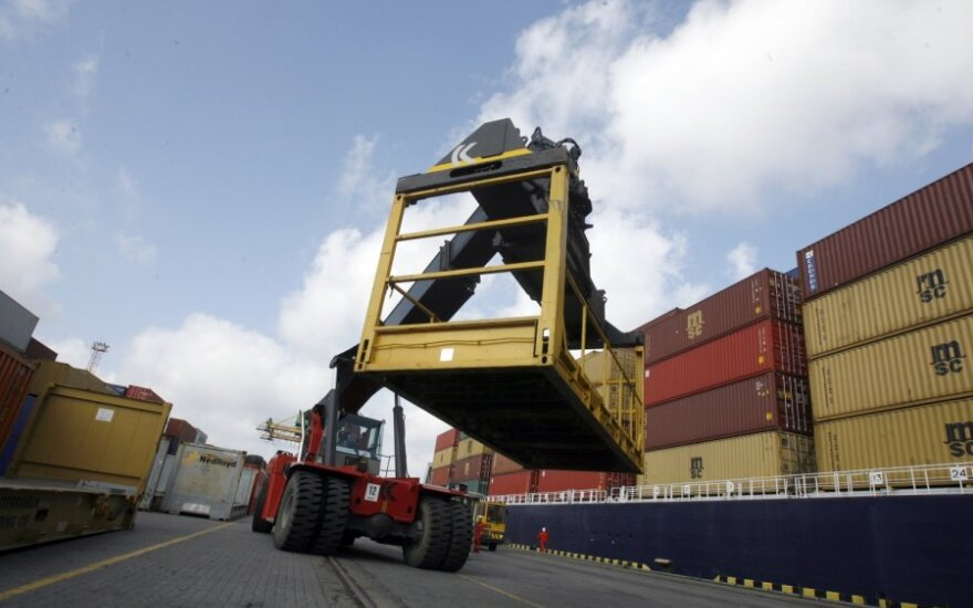 Россия не разрешит проверять продукты, перевозимые через Литву