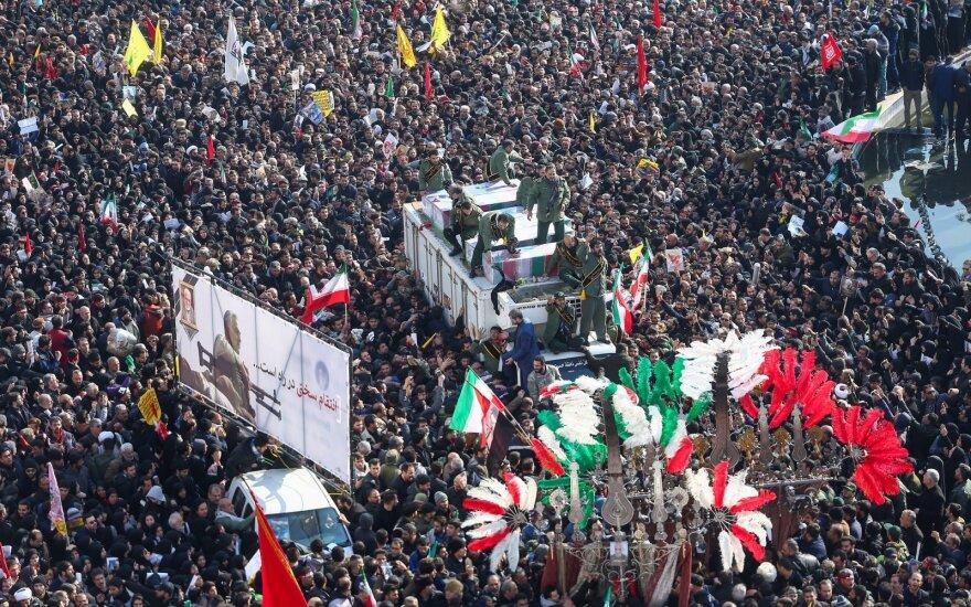 В Иране в давке на похоронах Сулеймани погибли десятки людей