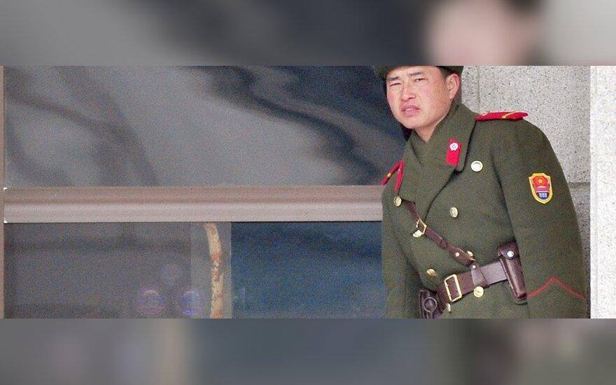 Ким Чен Ир на бронепоезде въехал в Россию
