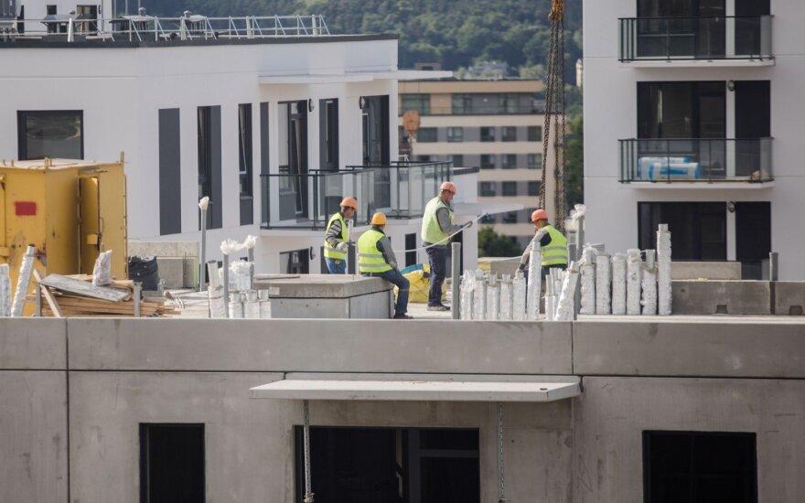 Работодатели не находят в Литве работников за 1000 евро