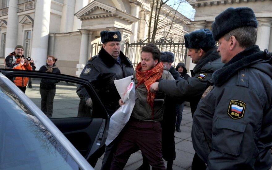 Sankt Peterburge pradėjo gaudyti homoseksualų gynėjus
