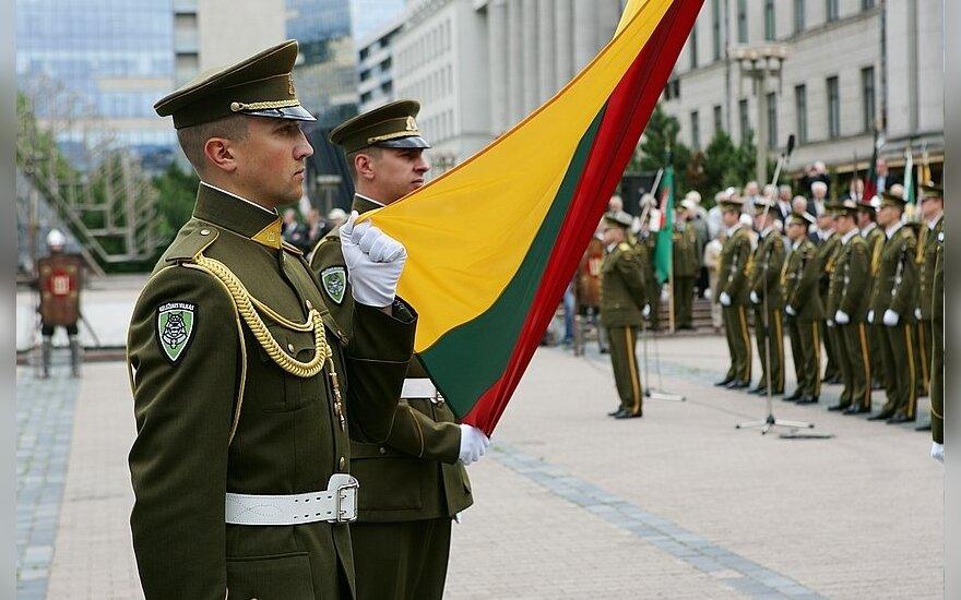 Лидеры крупных партий подписали соглашение об оборонной политике
