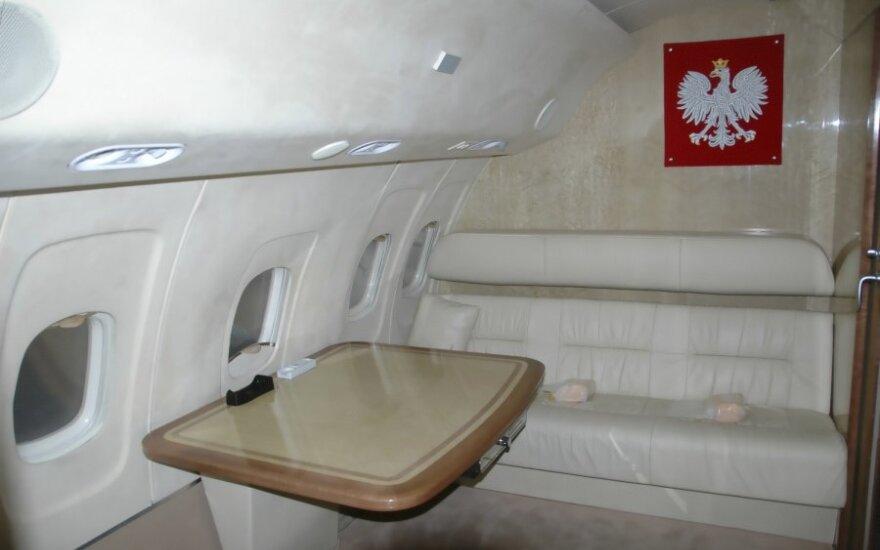 В Польше аварийно сел пассажирский самолет с горящим двигателем