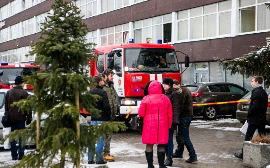 В Вильнюсе из-за резкого запаха эвакуировали несколько компаний