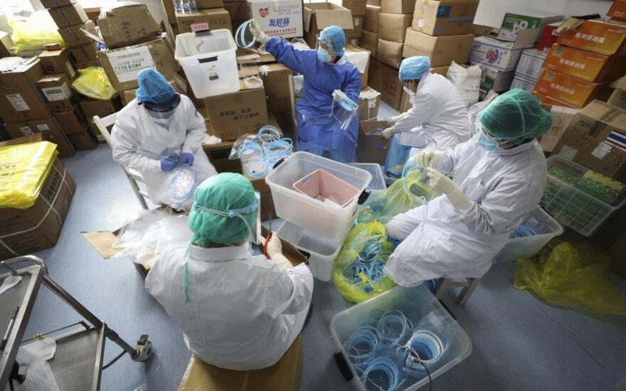 Представитель правительства Литвы рассказал, как лечат от коронавируса жительницу Шяуляй