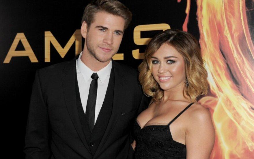 Liam Hemsworth i Miley Cyrus