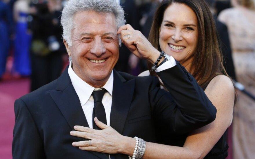 Dustinas Hoffmanas su žmona