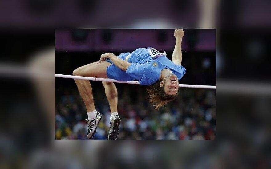Эстонский дискобол берет бронзу, российский прыгун - золото
