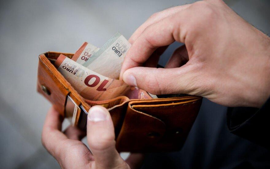 Ограничение на расчеты наличными в Литве откладывается