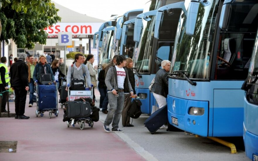 Жители Литвы во время зарубежных поездок в этом году потратили 191 млн евро
