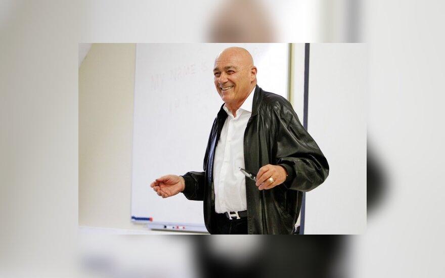 Познер намерен покинуть Телеакадемию в знак протеста