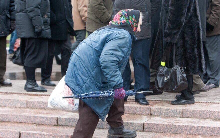 Смелое предложение экономиста: обязательный пенсионный стаж 5 лет, визиты к врачам платные