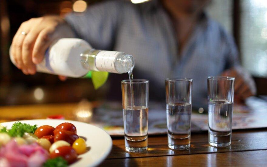Исследование: литовцы потребляют меньше алкоголя, чем сообщает статистика